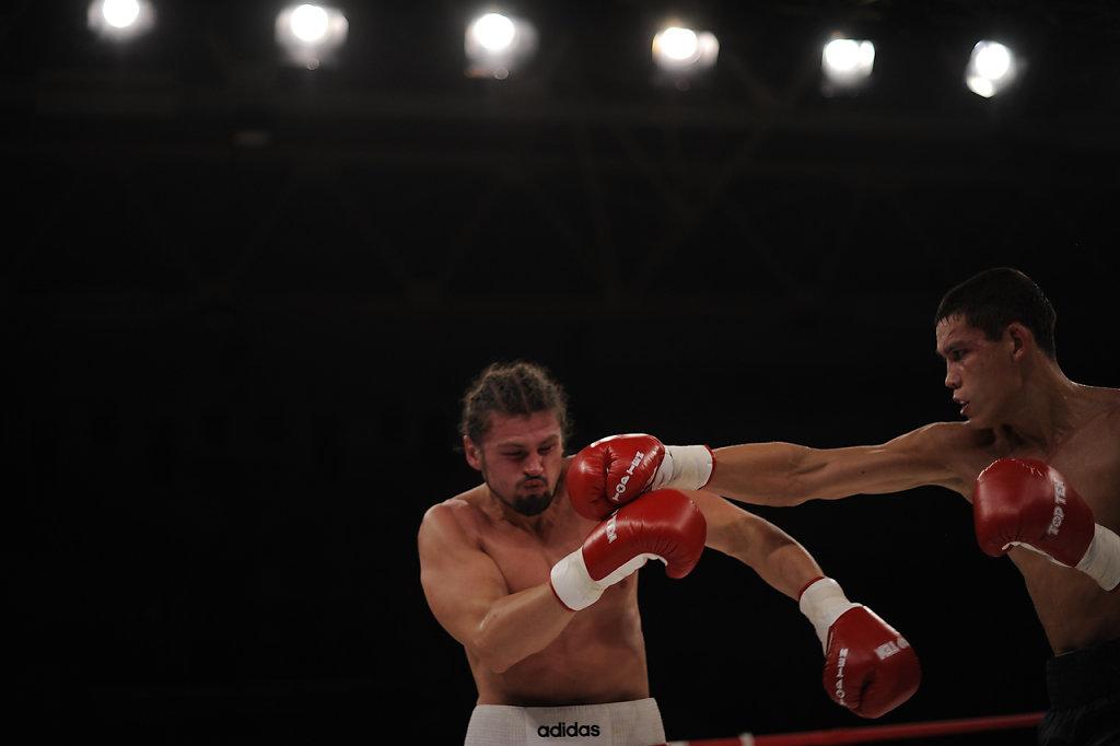 02-priest-boxer-Mordasov.JPG
