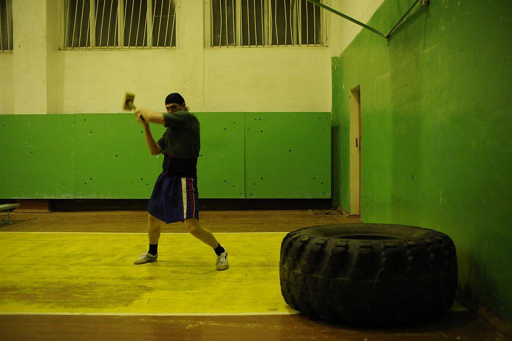 09-priest-boxer-Mordasov.JPG