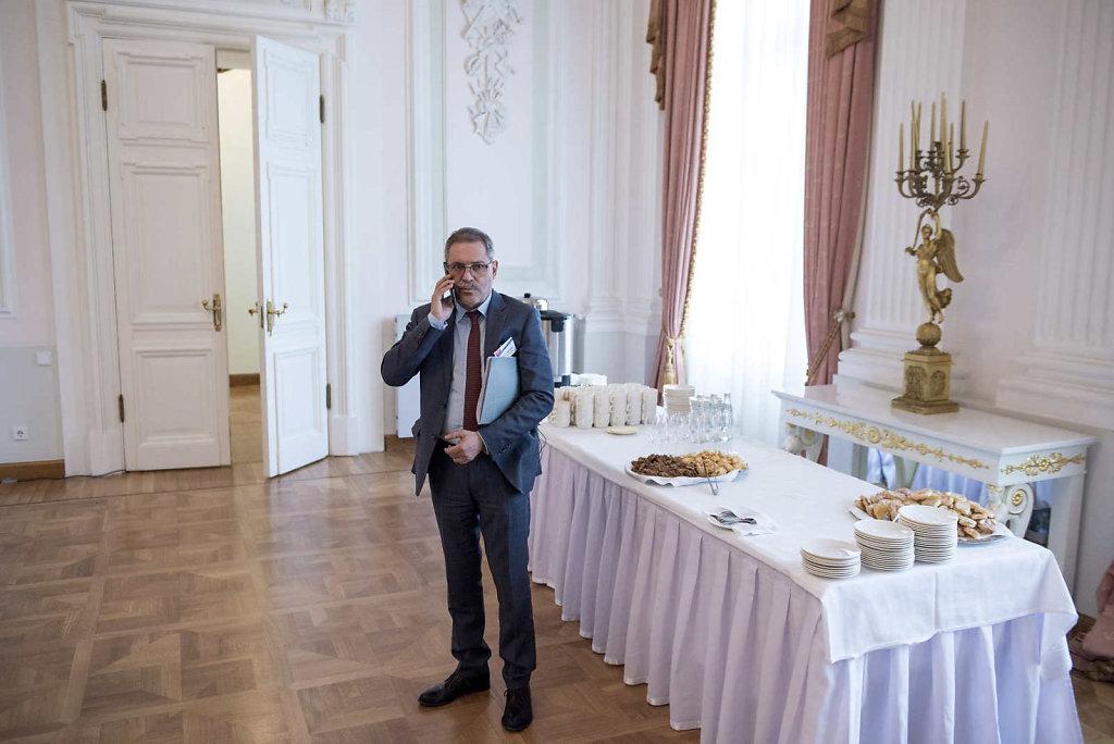 13-Mordasov-AmbassadorOfFrance-Koken.JPG